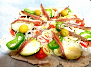 pizza vegetal con anchoas